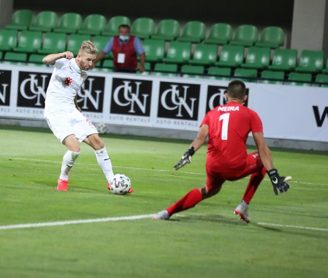 Sivasspor'dan dev adım! Temsilcimiz, Konferans Ligi'nde Petrocub'u Moldova'da 1-0 mağlup etti