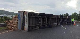 Mazda: Dönüş yolundakiler dikkat! TEM Otoyolu'nda tır devrildi, İstanbul yönüne trafiğe kapatıldı
