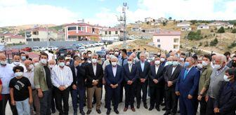 Habip Soluk: Erzincanlı Hayırsever İşadamı Sadık Ağca'nın Köyüne Yaptırdığı Cami İbadete Açıldı