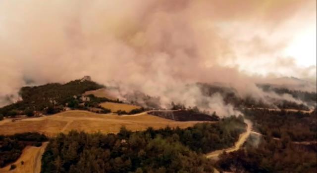 Son Dakika: Türkiye'nin güneyini etkisi altına alan yangınlarla ilgili soruşturma başlatıldı