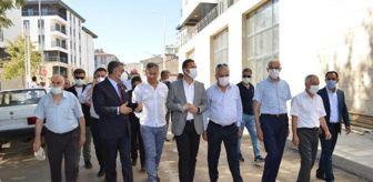 Deprem: CHP HEYETİ, ELAZIĞ'DAKİ DEPREM KONUTLARINI İNCELEDİ