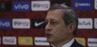 Burak Elmas: Burak Elmas: 'Falcao ve Feghouli'den kulüp bulmalarını istedik'