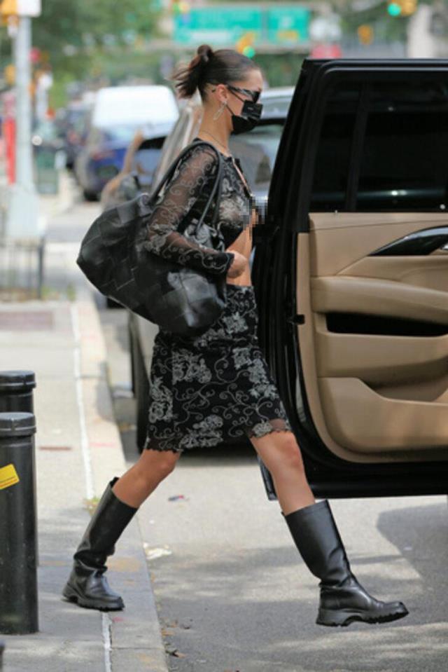 Ünlü model Bella Hadid sütyensiz sokağa çıktı! Tüm gözler üzerindeydi ama o aldırış etmedi