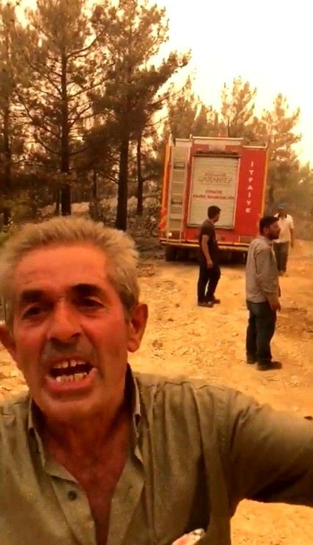 Mahallesi yanmaktan kurtarılan vatandaş ekiplere övgüler yağdırdı