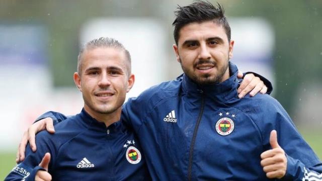 Para sıkıntısı yaşayan Fenerbahçe, Ozan Tufan ve Pelkas'ı satış listesine koydu