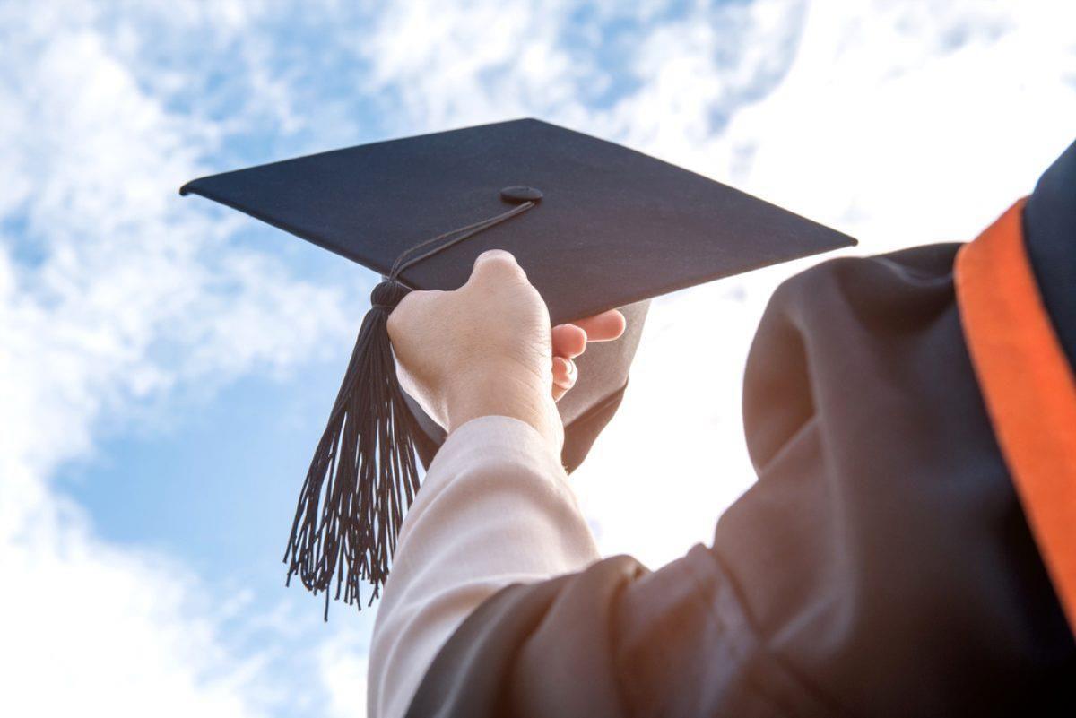 Üniversiteler açılacak mı? 2021-2022 yılında üniversiteler açılacak mı? Üniversiteler ne zaman açılacak?