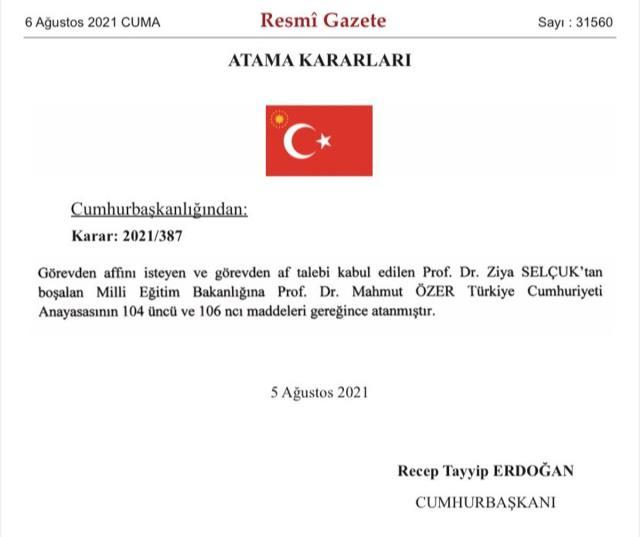 Milli Eğitim Bakanı Ziya Selçuk istifa etti, yerine Bakan Yardımcısı Mahmut Özer atandı