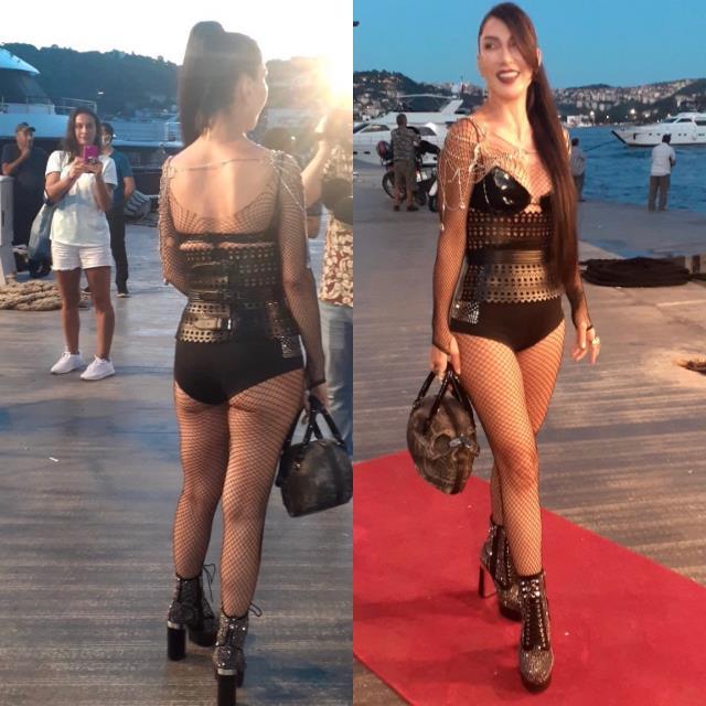 Kıyafeti açık bulununca 'Daha açığını giyeceğim' diyen Hande Yener'den cesur seçim