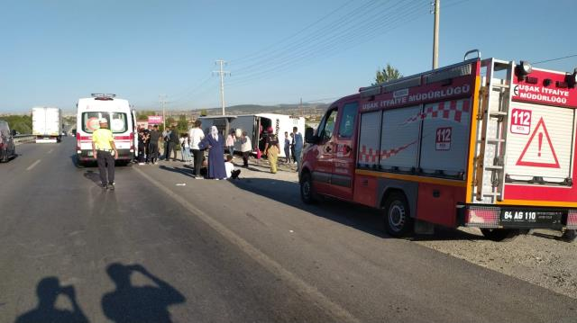 Son Dakika: Uşak'ta yolcu otobüsü devrildi! İlk belirlemelere göre çok sayıda yaralı var