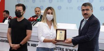 Oktay Arslan: DHA muhabirleri Evren ve Seymen 'Ayın vatandaşları' seçildi