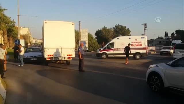 Söke'de kamyonet ile çarpışan otomobildeki 2 kişi yaralandı