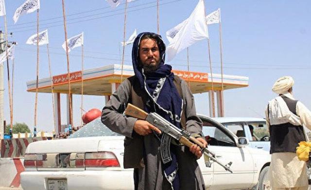Son Dakika: Afganistan'da 26 şehir merkezini ele geçiren Taliban, başkent Kabil'e girdi