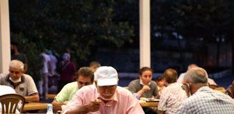 İftar Programı: Eyüpsultan Alibeyköy Cemevi'nde Muharrem iftarı