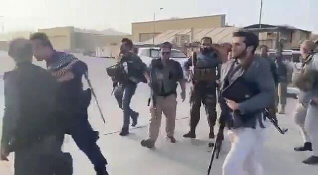 'Efsane komutan'ın oğlu Taliban'a karşı sahaya indi: Milyonları hayal kırıklığına uğratmayacağım