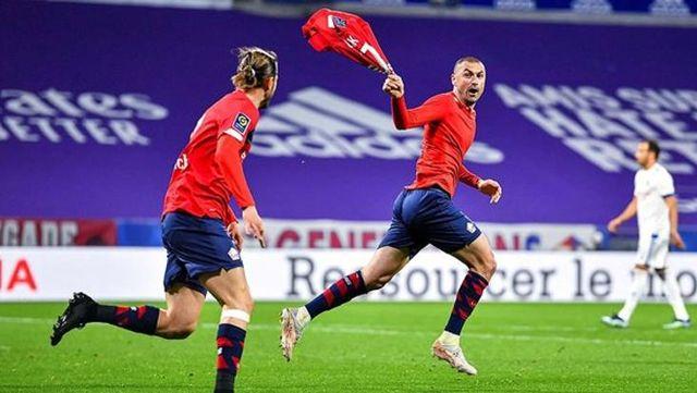 Lille'in hocası Jocelyn Gourvennec, Burak Yılmaz'ın takımdan ayrılacağı iddialarına cevap verdi: Kalmak istiyor