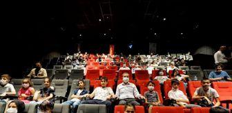 Tugay Mercan: Şafak vakti filmi Adıyaman'da gösterime girdi