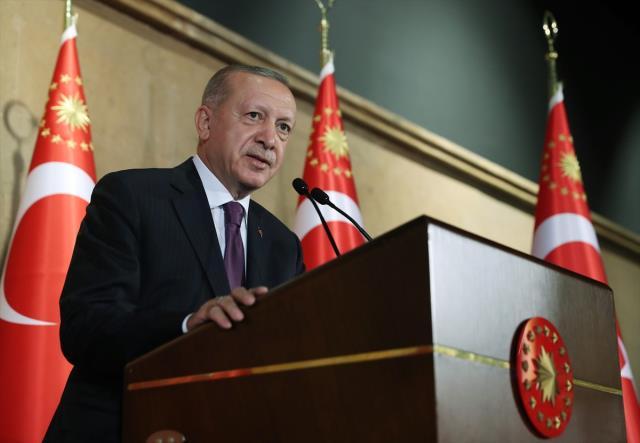 Cumhurbaşkanı Erdoğan: Taliban'dan gelen mesajlara ihtiyatlı bir iyimserlikle yaklaşıyoruz