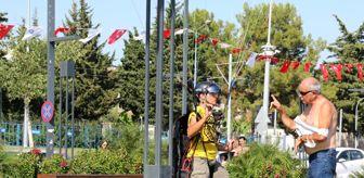 Konyaaltı Sahili: Yasak dinlemeyen İtalyan paraşütçünün inadı
