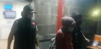 İzmir Emniyet Müdürlüğü: İzmir'de FETÖ operasyonunda 17 gözaltı