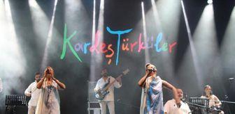 Beşiktaş Belediyesi: Kardeş Türküler 'barış' için söyledi