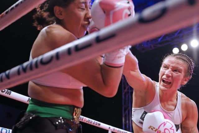 18 yaşındaki kadın boksör ringde aldığı darbeler nedeniyle öldü