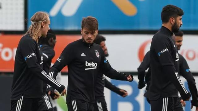 Beşiktaş, Ljajic ile sözleşmeyi feshetti! Sırp futbolcu, Pjanic için giderayak kolaylık yaptı