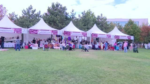 Kadın Emeği Festivali'nde 300 kadının el emeği ürünleri satışa sunuldu