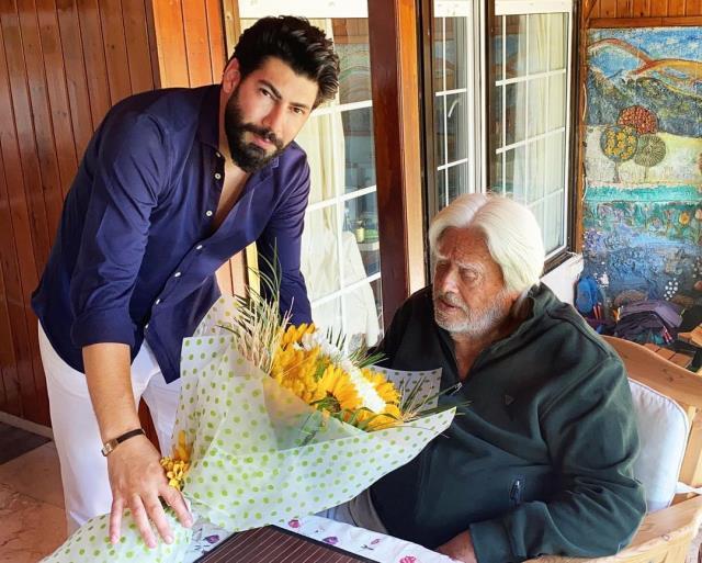 Ünlü oyuncu Tolga Yüce'den doğum gününde Cüneyt Arkın'a sürpriz ziyaret