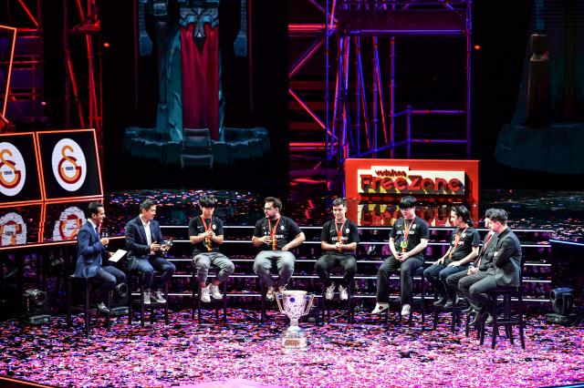 2021 Türkiye Büyük Finali'nde şampiyon Galatarasay Espor oldu