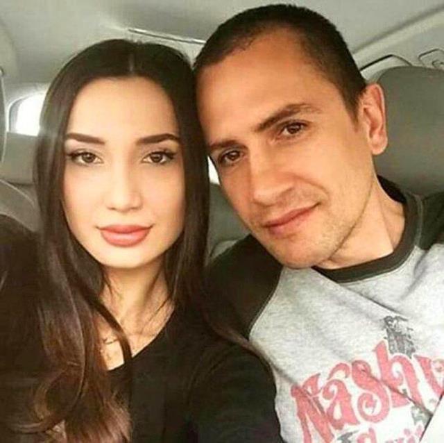 Emre Aşık ve Yağmur Sarnıç çifti boşandı! 3 çocuğun velayeti babaya verildi