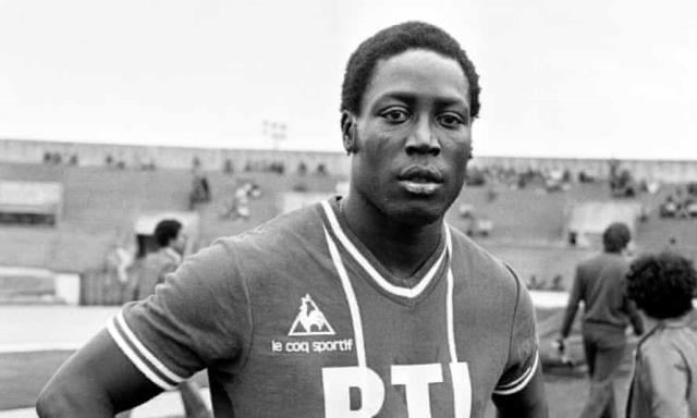 Hatalı anestezi yüzünden 1982'den beri komada olan Fransız futbolcu Adams, bugün hayatını kaybetti