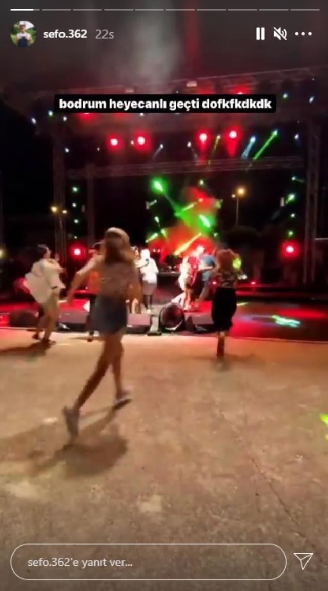 Şarkıcı Sefo'nun konserinde büyük panik! Onlarca kişi bir anda sahneye koştu