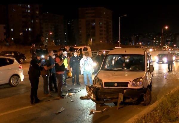 Hasarlı kaza sonrası trafiği yavaşlatırken, 2 otomobilin çarpması sonucu öldü