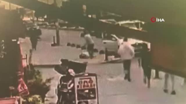 Arnavutköy'de yolun karşısına geçmeye çalışan çocuğa otomobil çarptı: O anlar kamerada