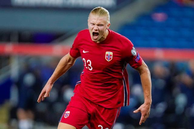Bu sezon 8 maçta 11 gol atan Erling Haaland, performansından memnun değil