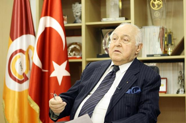 Galatasaray'ın eski başkanı Duygun Yarsuvat, hayatını kaybetti