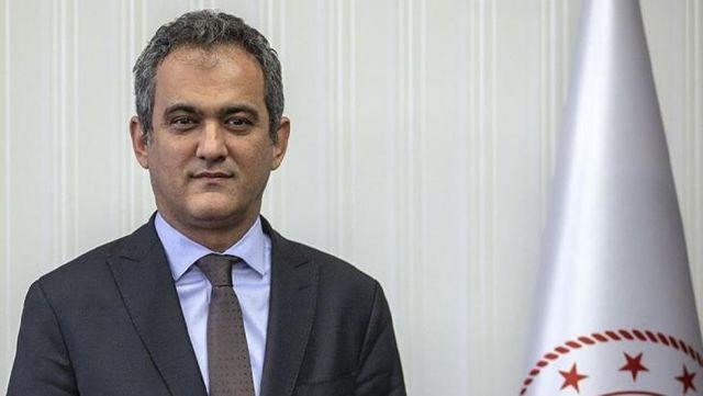 15 bin öğretmen atamasında öncelik 2021'lilere verilince Milli Eğitim Bakanı Mahmut Özer istifaya davet edildi