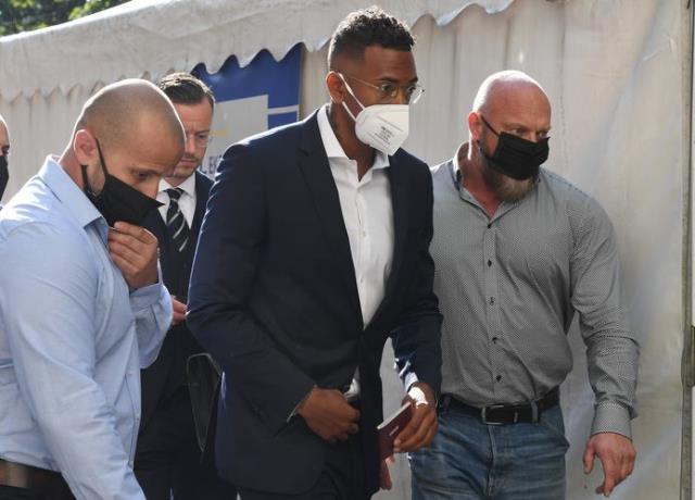 Kevin-Prince Boateng, kardeşi Jerome Boateng'i reddetti: Kadına şiddet uygulayan biriyle işim yok