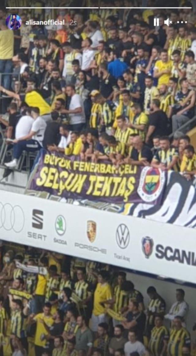 Fenerbahçe taraftarından Alişan'ı duygulandıran Selçuk Tektaş pankartı