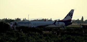 Adnan Menderes Havalimanı: BALIKESİR - Yolcusu rahatsızlanan uçak zorunlu iniş yaptı