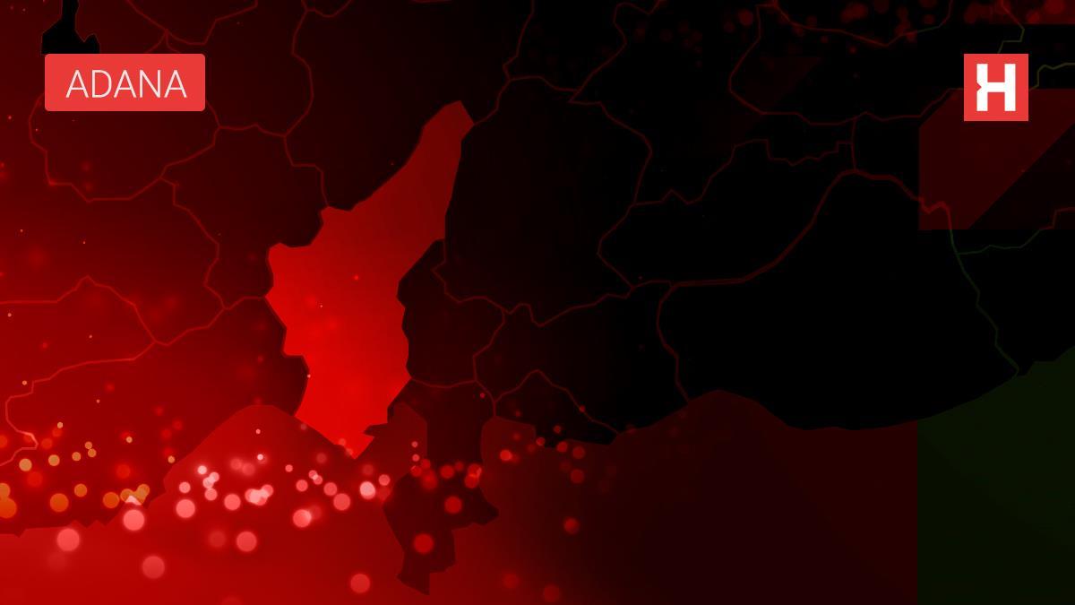 Adana'da otomobile çarpan araç uçuruma devrildi: 3 yaralı