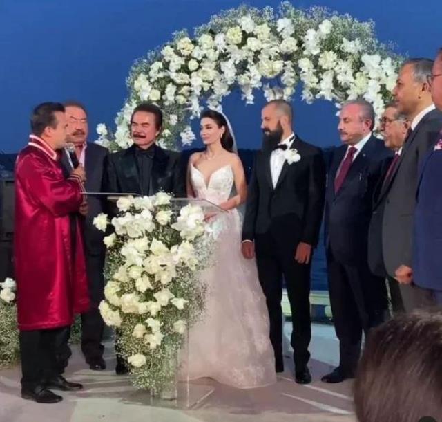Orhan Gencebay'ın oğlu Gökhan Gencebay, Seda Han ile evlendi