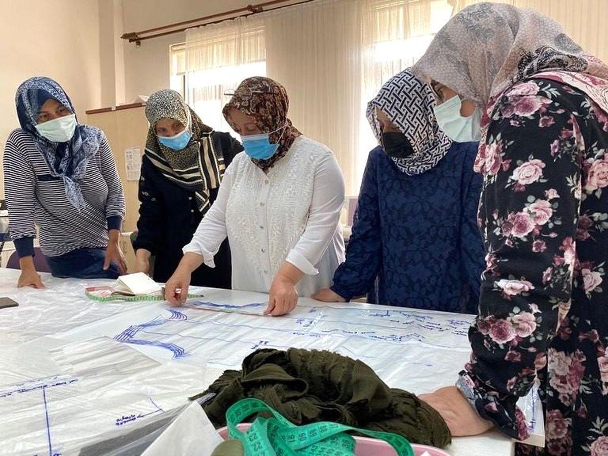 Sincan Belediyesinin kadınlara yönelik projeleri takdir topluyor