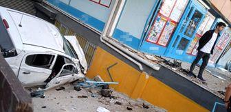Batı Trakya: Beylikdüzü'nde otomobil markete daldı... Vatandaşlar: 'Deprem oluyor sandık'