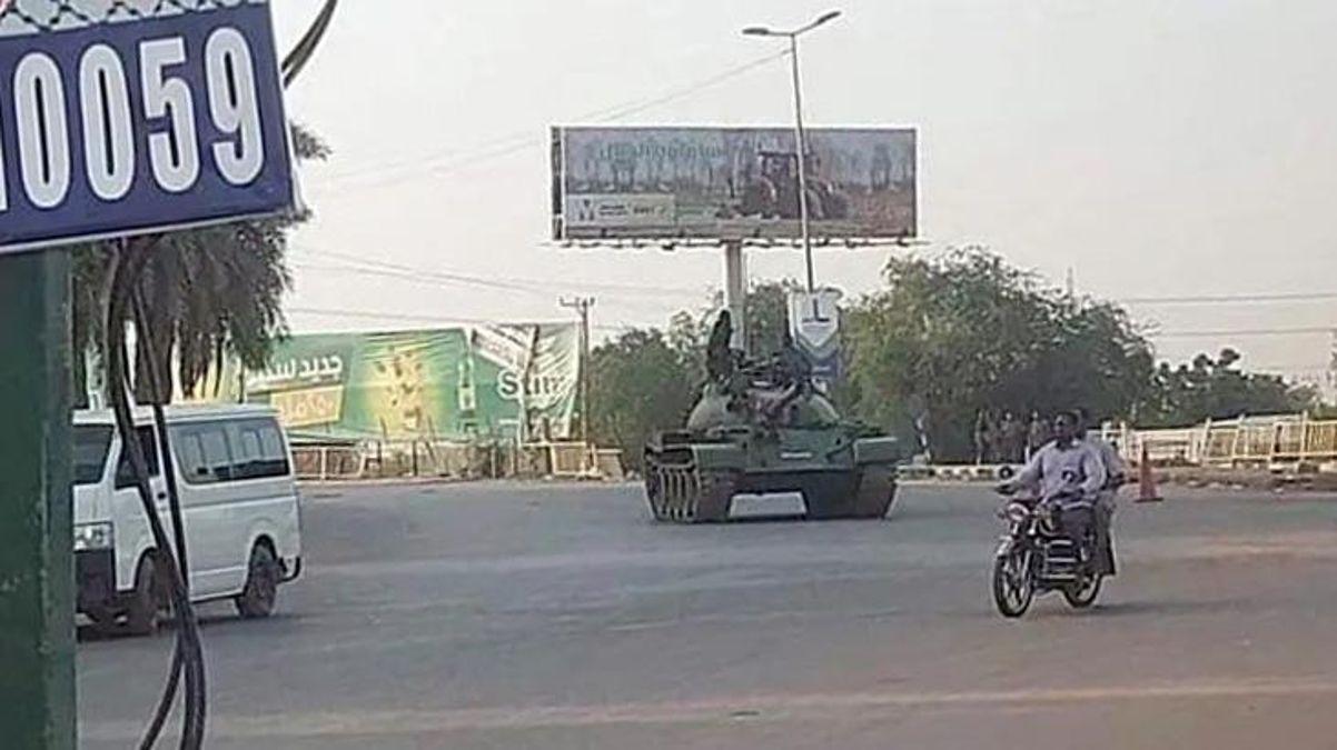 Son Dakika! Sudan'da darbe girişimi başarısız oldu, 40 asker gözaltına alındı