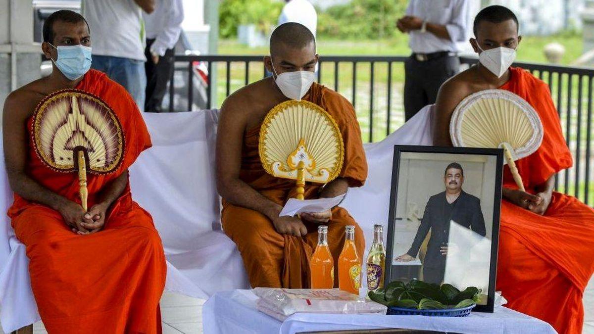 Covid'e çare iksir bulduğunu iddia eden Sri Lankalı büyücü, virüs nedeniyle öldü