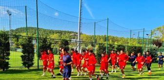 Riva: İşitme Engelliler Milli Takımı'nın kampı Riva'da devam ediyor