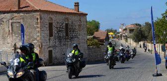 Didim: 16 ülkeden 200'ü aşkın motorcu Apollon Tapınağı'nı ziyaret etti