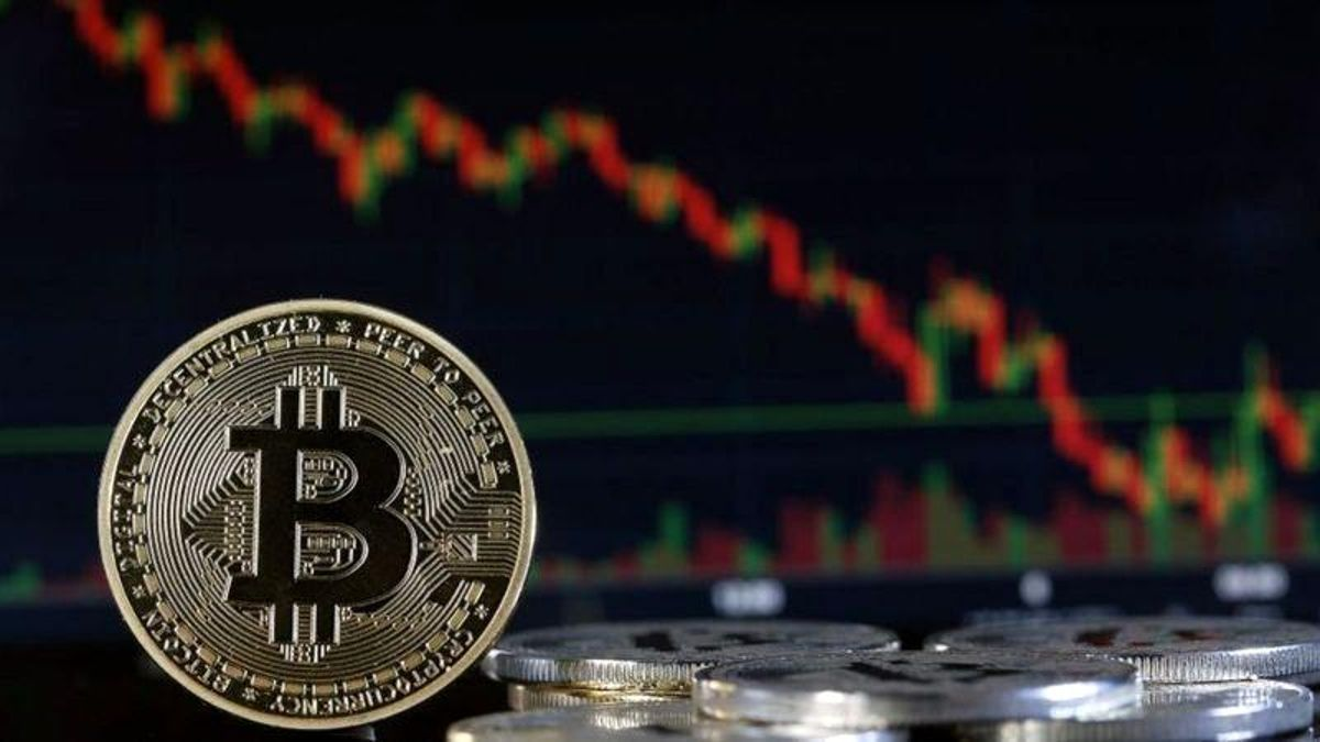 Bitcoin, Çin Merkez Bankası'nın kripto paralarla tüm işlemleri yasaklaması sonrası yüzde 5 değer kaybetti
