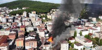 Şişli: Sultanbeyli'de mobilya imalathanesi alev alev yandı